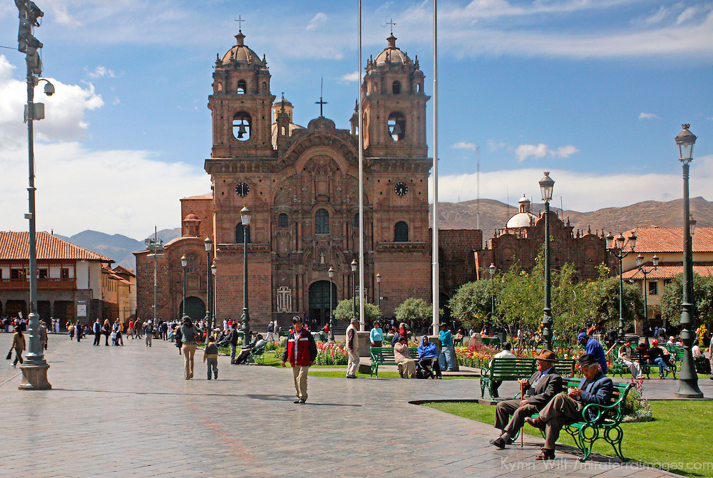 South America, Peru, Cusco. The Plaza de Armas, the central square of colonial Cusco, a UNESCO World Heritage Site.