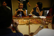 18186Pizza Party for Teach for America : Photos by Eric Kayne