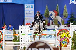 MEYER Tobias (GER), Queentina<br /> München - Munich Indoors 2019<br /> Stechen<br /> CSI4* - Championat der Deutsche Vermögensberatung AG -DVAG (Große Tour)<br /> Springprüfung mit Stechen, international<br /> Höhe: 1.50m<br /> 23. November 2019<br /> © www.sportfotos-lafrentz.de/Stefan Lafrentz