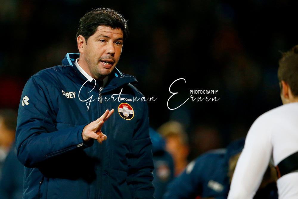 29-10-2016 VOETBAL:WILLEM II - FC GRONINGEN:TILBURG<br /> Trainer/Coach Erwin van de Looi van Willem II <br /> <br /> Foto: Geert van Erven