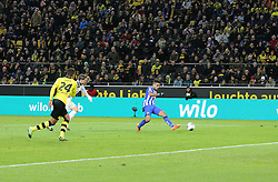 21.12.2013, Signal Iduna Park, Dortmund, GER, 1. FBL, Borussia Dortmund vs Hertha BSC, 17. Runde, im Bild Sami Aallagui #11 (Hertha BSC Berlin)mit dem Treffer, Tor zum 2:1, Aktion, Action // during the German Bundesliga 17th round match between Borussia Dortmund and Hertha BSC at the Signal Iduna Park in Dortmund, Germany on 2013/12/21. EXPA Pictures &copy; 2013, PhotoCredit: EXPA/ Eibner-Pressefoto/ Schueler<br /> <br /> *****ATTENTION - OUT of GER*****