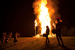 © Licensed to London News Pictures. 05/05/2018. Chalton, UK. A 30 foot high Wickerman is burnt at The Beltain Festival at Butser Ancient Farm in Hampshire. Over two thousand people gathered to witness the ancient Beltain Celtic celebration of summer - which will culminates in the burning of the giant Wickerman.  Photo credit: Peter Macdiarmid/LNP