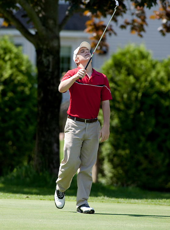 The Pomfret School, Pomfret, CT. 2010-2011. Varsity Golf  (Photo by Robert Falcetti). .