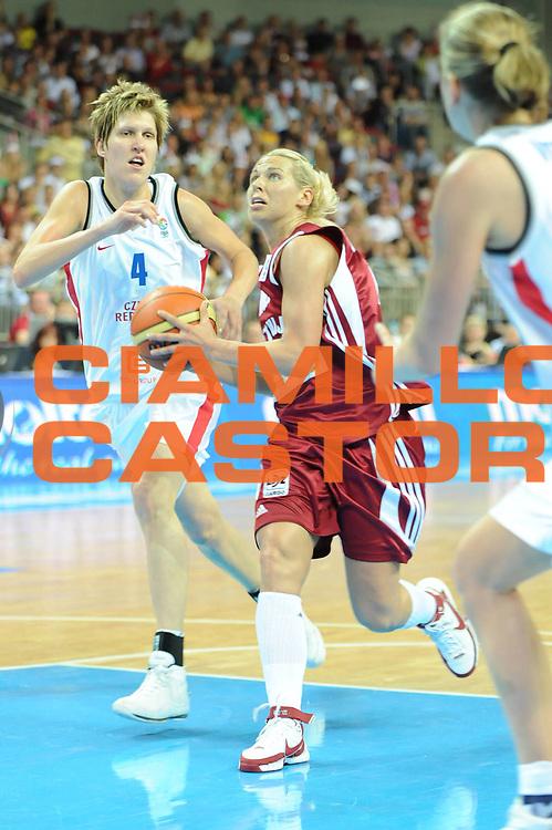 DESCRIZIONE : Riga Latvia Lettonia Eurobasket Women 2009 Qualifying Round Repubblica Ceca Lettonia Czech Republic Latvia<br /> GIOCATORE : Anete Jekabsone<br /> SQUADRA : Lettonia Latvia<br /> EVENTO : Eurobasket Women 2009 Campionati Europei Donne 2009 <br /> GARA : Repubblica Ceca Lettonia Czech Republic Latvia<br /> DATA : 11/06/2009 <br /> CATEGORIA : penetrazione<br /> SPORT : Pallacanestro <br /> AUTORE : Agenzia Ciamillo-Castoria/M.Marchi<br /> Galleria : Eurobasket Women 2009 <br /> Fotonotizia : Riga Latvia Lettonia Eurobasket Women 2009 Qualifying Round Repubblica Ceca Lettonia Czech Republic Latvia<br /> Predefinita :