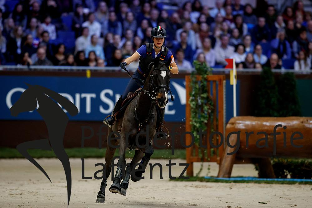 CASIRAGHI Clelia (ITA) Verdi<br /> Genf - CHI Rolex Grand Slam 2017<br /> Cross Indoor<br /> © www.sportfotos-lafrentz.de