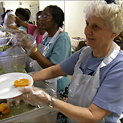 Homeless of Orlando - Volunteers in Our Dailly Bread Soap Kitchen