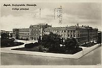 Zagreb : Donjogradska Gimnazija = Collège principal. <br /> <br /> Impresum[S. l. : S. n., 1934.]<br /> Materijalni opis1 razglednica : tisak ; 8,8 x 14 cm.<br /> Vrstavizualna građa • razglednice<br /> ZbirkaZbirka razglednica • Grafička zbirka NSK<br /> Formatimage/jpeg<br /> PredmetZagreb –– Trg Franklina Delana Roosevelta<br /> Muzej Mimara (Zagreb)<br /> SignaturaRZG-ROOS-1<br /> Obuhvat(vremenski)20. stoljeće<br /> NapomenaRazglednica je putovala 1934. godine.<br /> PravaJavno dobro<br /> Identifikatori000954691<br /> NBN.HRNBN: urn:nbn:hr:238:070889 <br /> <br /> Izvor: Digitalne zbirke Nacionalne i sveučilišne knjižnice u Zagrebu