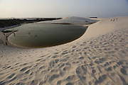 Barreirinhas_MA, Brasil.<br /> <br /> Parque Nacional dos Lencois Maranhenses em Barreirinhas, Maranhao. Na foto Lagoa do Peixe.<br /> <br /> Lencois Maranhenses National Park in Barreirinhas, Maranhao. In this photo Lagoa do Peixe.<br /> <br /> Foto: LEO DRUMOND / NITRO