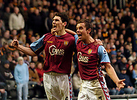 Photo: Jed Wee.<br />Hull v Aston Villa. The FA Cup. 07/01/2006.<br />Aston Villa's Gareth Barry (L) celebrates after his goal with an elated Lee Hendrie.