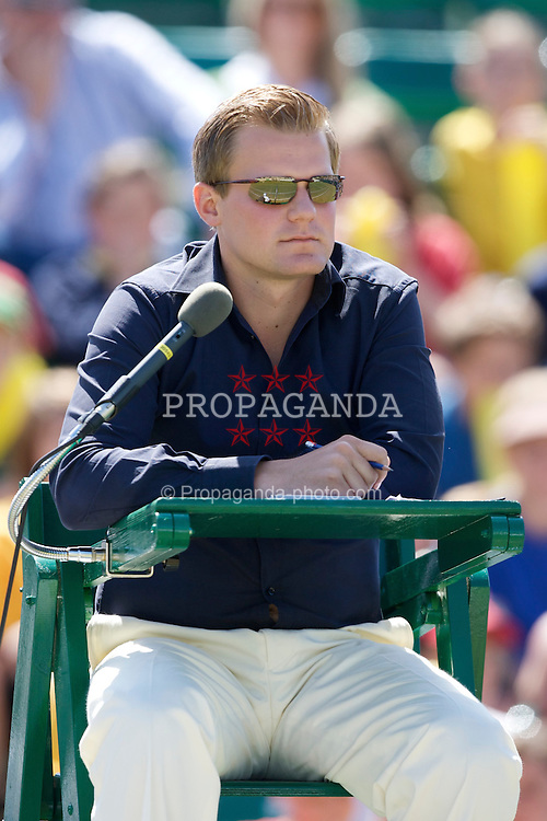 LIVERPOOL, ENGLAND - Tuesday, June 10, 2008: Umpire Jan Schroeder during the opening day of the Tradition-ICAP Liverpool International Tennis Tournament at Calderstones Park. (Photo by David Rawcliffe/Propaganda)