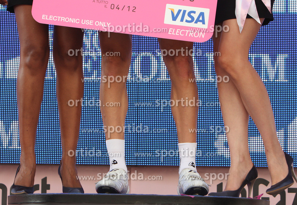 Legs of models at  2nd stage of 92nd Giro d'Italia in Trieste, on May 10, 2009, in Trieste, Italia.  (Photo by Vid Ponikvar / Sportida)