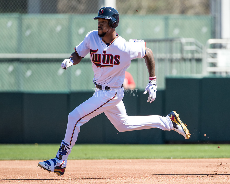 FORT MYERS, FL- FEBRUARY 26: Byron Buxton #25 of the Minnesota Twins runs against the Washington Nationals on February 26, 2017 at Hammond Stadium in Fort Myers, Florida. (Photo by Brace Hemmelgarn) *** Local Caption *** Byron Buxton