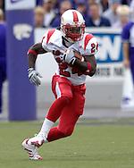 Louisville running back George Stripling rushes up field against Kansas State at Bill Snyder Family Stadium in Manhattan, Kansas, September 23, 2006.  The 8th ranked Louisville Cardinals beat K-State 24-6.