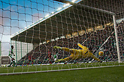 4th November 2017, Easter Road, Edinburgh, Scotland; Scottish Premiership football, Hibernian versus Dundee; Hibernian goalkeeper Ofir Marciano makes a stunning save to deny Dundee's Faissal El Bakhtaoui