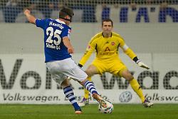 19.11.2011, Veltins Arena, Gelsenkirchen, GER, 1. FBL, FC Schalke 04 vs 1. FC Nuernberg, im Bild Klaas-Jan Huntelaar (#25 Schalke) trifft zum 3-0 // during FC Schalke 04 vs. 1. FC Nuernberg at Veltins Arena, Gelsenkirchen, GER, 2011-11-19. EXPA Pictures © 2011, PhotoCredit: EXPA/ nph/ Kurth..***** ATTENTION - OUT OF GER, CRO *****