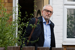 © Licensed to London News Pictures. 19/11/2019. London, UK. JEREMY CORBYN, the Labour Party leader leaves his north London home this morning. Later today, the first head-to-head television debate between Jeremy Corbyn and Prime Minister, Boris Johnson will be broadcast on ITV. Photo credit: Vickie Flores/LNP