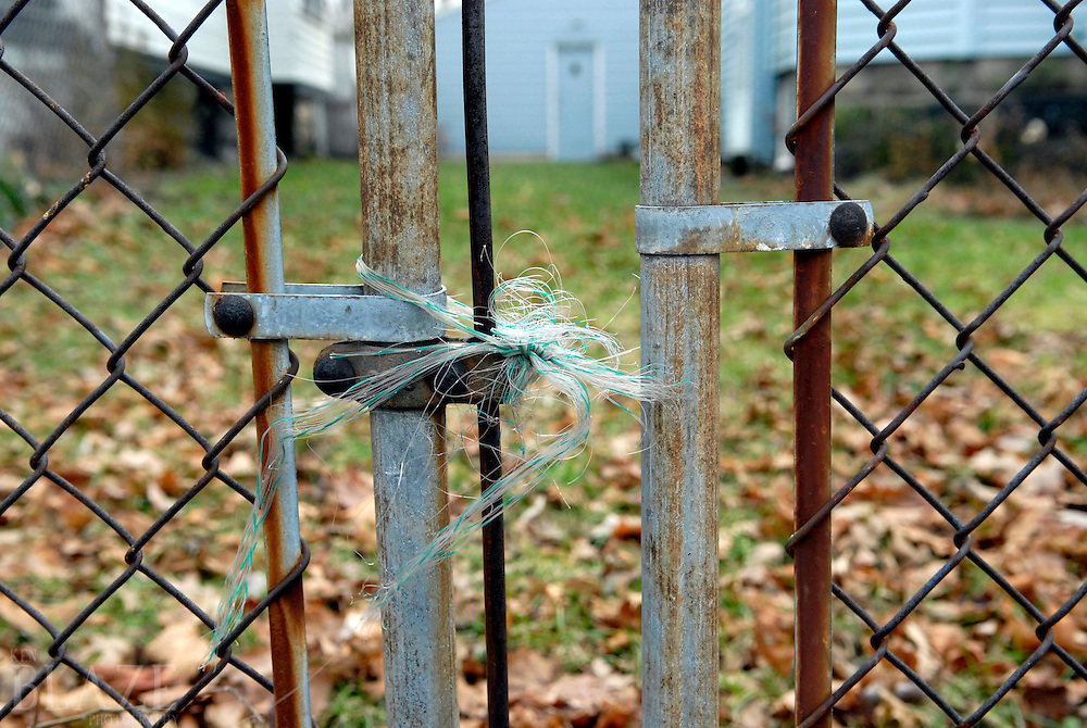 Fence locked with twine