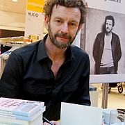NLD/Amsterdam/20120310 - Feest der Letteren 2012 , Kluun signeert boek