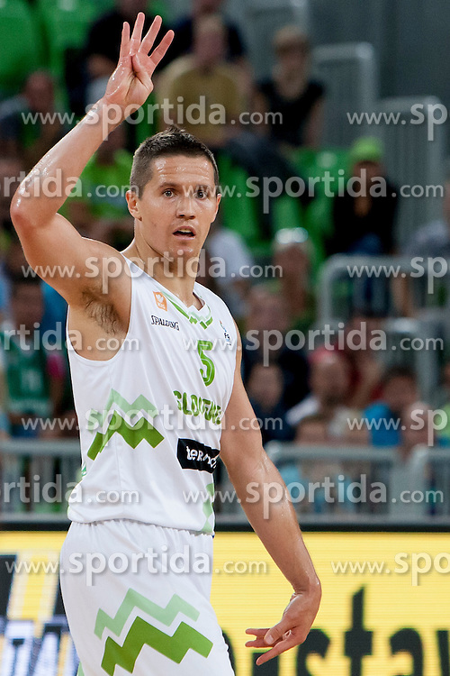 Jaka Lakovic of Slovenia during last friendly match before Eurobasket 2013 between National teams of Slovenia and France on August 31, 2013 in SRC Stozice, Ljubljana, Slovenia. (Photo by Urban Urbanc / Sportida.com)