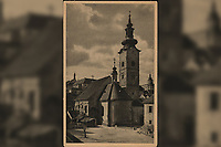 Zagreb : Crkva Sv. Marije. <br /> <br /> ImpresumZagreb : Foto i naklada J. Donegani, [19--].<br /> Materijalni opis1 razglednica : tisak ; 13,9 x 8,9 cm.<br /> NakladnikJ. Donegani<br /> Mjesto izdavanjaZagreb<br /> Vrstavizualna građa • razglednice<br /> ZbirkaZbirka razglednica • Grafička zbirka NSK<br /> Formatimage/jpeg<br /> PredmetZagreb –– Dolac<br /> Crkva sv. Marije (Zagreb)<br /> SignaturaRZG-DOL-4<br /> Obuhvat(vremenski)20. stoljeće<br /> PravaJavno dobro<br /> Identifikatori000952548<br /> NBN.HRNBN: urn:nbn:hr:238:537485 <br /> <br /> Izvor: Digitalne zbirke Nacionalne i sveučilišne knjižnice u Zagrebu