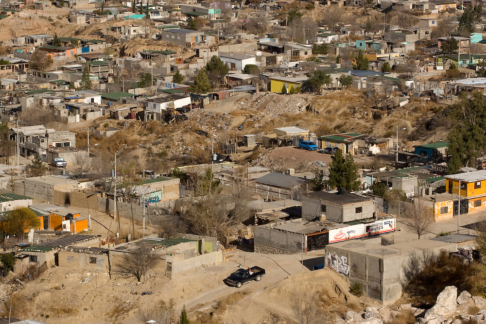 An over view of the border city of Juarez,.Juarez it a border town on the Mexican American border, in the last year the violent between the drug cartels rise up and moor then 1500 people was assassin around the city ..Thursday December 25,2008.