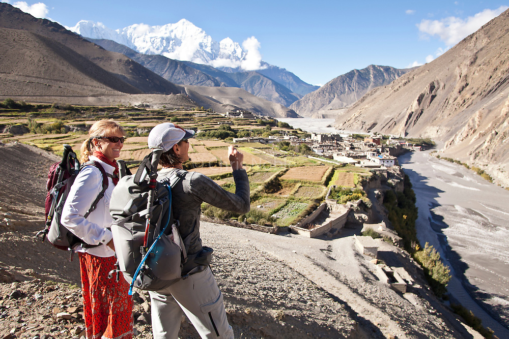 Kinde Nebeker & Amy Hahn look back at the village of Kag Beni and the Nilgiri Himal in Nepal's Mustang Region.