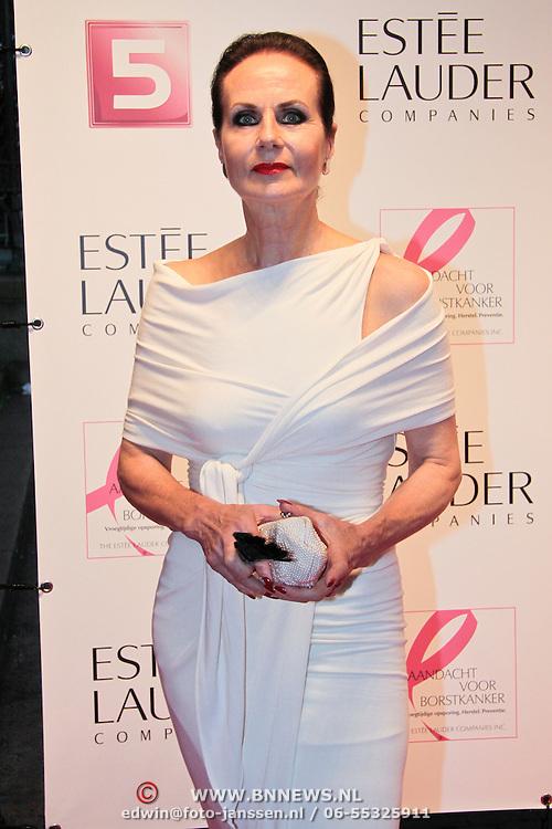 NLD/Amsterdam/20110929 - Inloop Estee Lauder Pink Ribbon Award Gala 2011 in de Beurs van Berlage, Ans Markus