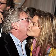 NLD/Naarden/20080401 - Het Arsenaal van jan des Bouvrie bestaat 15 jaar, Jan met Judith Wiersma