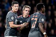 EINDHOVEN, PSV - Bayern Munchen, 01-11-2016, voetbal, Champions League, seizoen 2016-2017, Philips Stadion, Bayern Munchen speler Robert Lewandowski (L) heeft de 1-1 gescoord, Bayern Munchen speler Phillip Lahm (M), Bayern Munchen speler David Alaba (R).