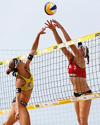 20140606 ITA: EK Beachvolleybal, Cagliari<br /> Katrin Holtwick (GER), Madelein Meppelink <br /> ©2014-FotoHoogendoorn.nl / Pim Waslander