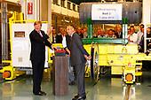 Prins van Oranje opent Hal 7 van uraniumverrijkingsfabriek van U