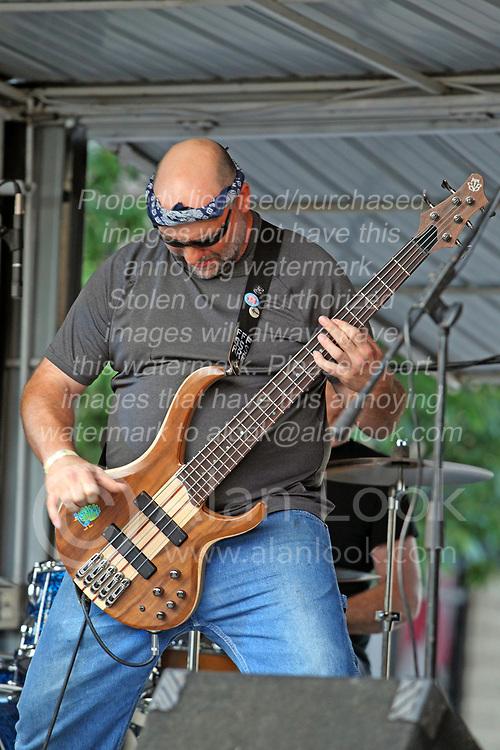 Make Music Normal festival - Uptown Normal<br /> <br /> Fireside Relics:<br /> Kristi Lecocq - vocals/acoustic guitar<br /> Nick Park - vocals/rhythm guitar<br /> Dave Helm - vocals/various instruments<br /> Jon Harvel - vocals/bass guitar<br /> Aaron Davis - lead guitar<br /> Edward J. Williamson - drums<br /> Carl Becker - keyboards/trumpet