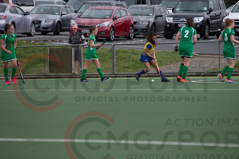 MANAWATU V BOP<br /> U15 PREMIER GIRLS HOCKEY<br /> NORTH HARBOUR STADIUM<br /> Alana Warrington CMGSPORT<br /> &copy;cmgsport2017