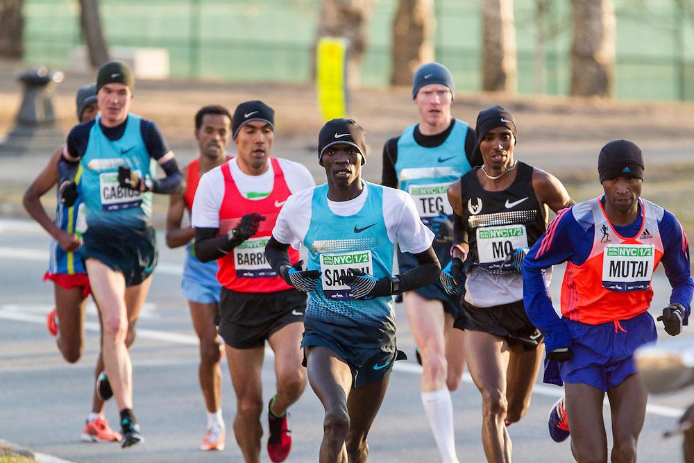 lead pack of elite men in Central Park, Sambu