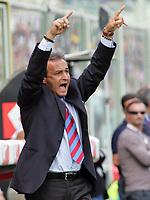Firenze 01/10/2006<br /> Campionato Italiano Serie A 2006/07<br /> Fiorentina-Catania 3-0<br /> L'allenatore del Catania Pasquale Marino<br /> Foto Luca Pagliaricci Inside<br /> www.insidefoto.com