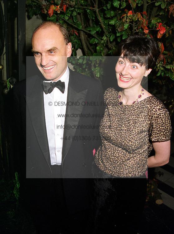 MR & MRS NICHOLAS COLERIDGE he is head of Conde Nast, at a dinner in London on 21st October 1999.MYA 89