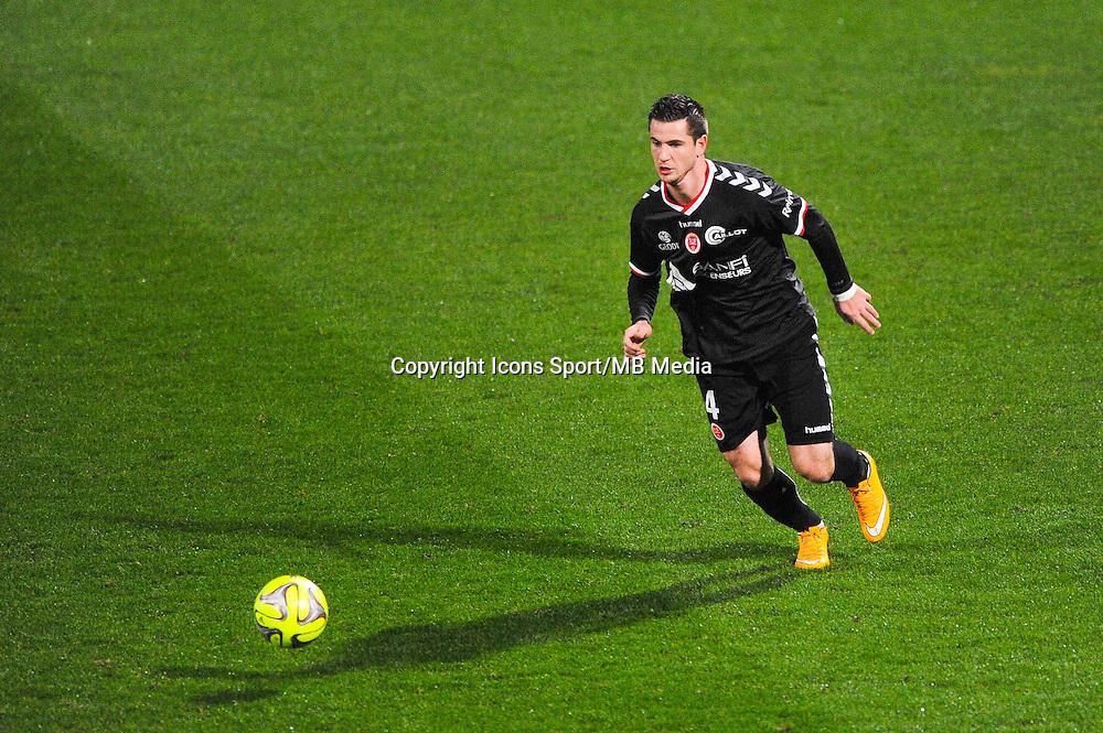 Valentin ROBERGE  - 04.12.2014 - Lyon / Reims - 16eme journee de Ligue 1  <br /> Photo : Jean Paul Thomas / Icon Sport