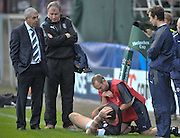 13.11.2011. Glasgow, Scotland.  Heineken Cup pool 3 Rugby Union from the Firhill Stadium. Glasgow Warriors v Bath. Matt Banahan recives atttention to his hip during warmup