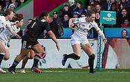 Emily Scarratt in action,  England Women v New Zealand Women in an Old Mutual Wealth Series, Autumn International match at Twickenham Stoop, Twickenham, England, on 19th November 2016. Full Time score 20-25