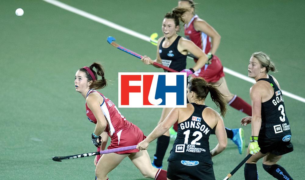 AUCKLAND - Sentinel Hockey World League final women<br /> Match id: 10300<br /> 10 New Zealand v USA<br /> Foto:  Tarryn Davey in the NWL defense.<br /> WORLDSPORTPICS COPYRIGHT FRANK UIJLENBROEK