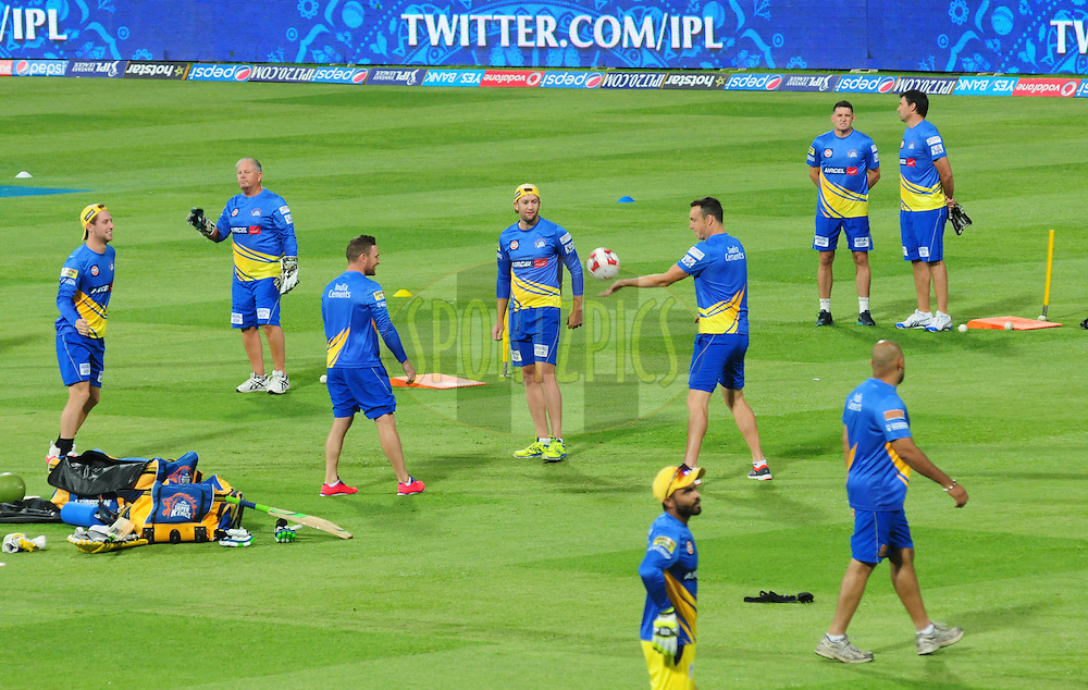 Chennai SUperkings players during warmup session before match 20 of the Pepsi IPL 2015 (Indian Premier League) between The Royal Challengers Bangalore and The Chennai SUperkings held at the M. Chinnaswamy Stadium in Bengaluru, India on the 22nd April 2015.<br /> <br /> Photo by:  Arjun Panwar / SPORTZPICS / IPL