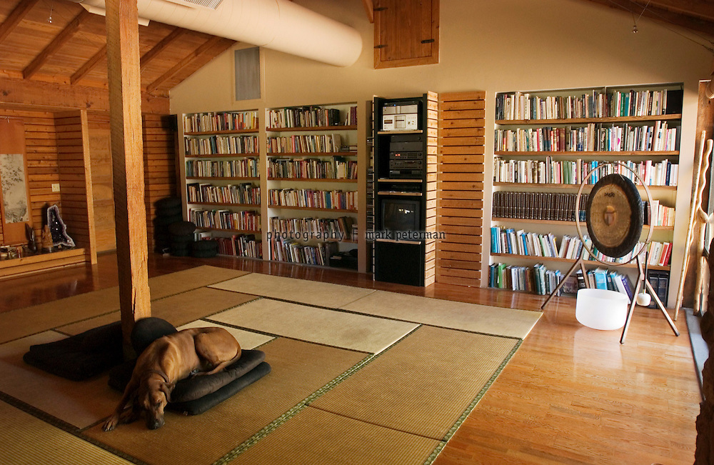 A meditation and meeting room is located in the building that used to be a barn and now houses the office of Dr. Andrew Weil.
