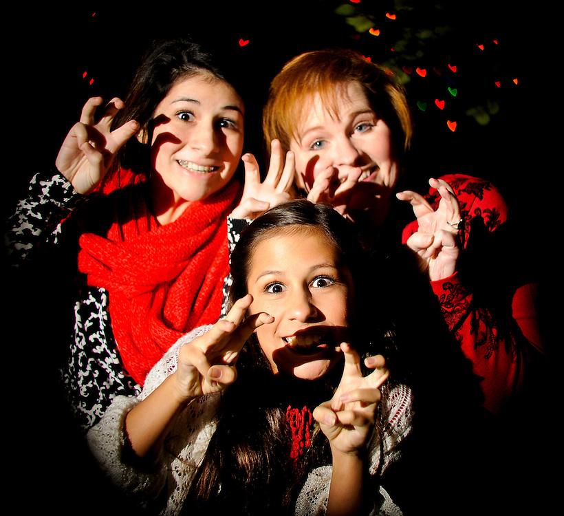 12/7/11 8:51:40 PM --  Medrano family photo shoot. December 7, 2011. Photo©Bahram Mark Sobhani