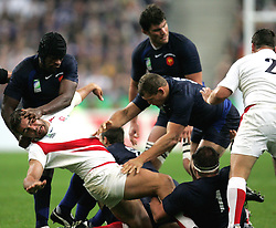 Serge Betsen puts his finger in the eye of Nick Easter. England v France, Semi Final, Rugby World Cup 2007, Stade De France, St Denis. 13th October 2007.