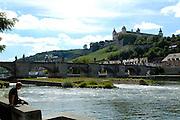 Würzburg..Main, Alte Mainbrücke, Festung Marienberg