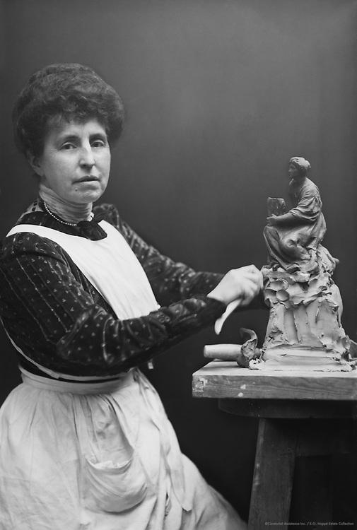 Fedora Gleichen, Countess, sculptor