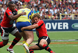 Jonny Wilkinson of Toulon and Steffon Armitage team up during the French Top 14 Semi Final match between ASM Clermont Auvergne and RC Toulon at the Stade de Toulouse on June 3, 2012 in Toulouse, France.