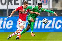 ALKMAAR - 26-02-2017, AZ - PEC Zwolle, AFAS Stadion, AZ speler Stijn Wuytens, PEC Zwolle speler Kingsley Ehizibue