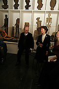 James Fenton and Pat Kavanagh. Book Launch of ' School of Genius' by James Fenton. Life Room of the Royal academy Schools. Royal academy of arts. London W1. 6 April 2006. ONE TIME USE ONLY - DO NOT ARCHIVE  © Copyright Photograph by Dafydd Jones 66 Stockwell Park Rd. London SW9 0DA Tel 020 7733 0108 www.dafjones.com