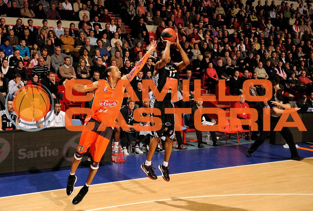 DESCRIZIONE : Ligue France Pro A Msb Le Mans Orleans<br /> GIOCATORE : Dobbins Anthony<br /> SQUADRA : Orleans <br /> EVENTO : FRANCE Ligue  Pro A 2009-2010<br /> GARA : Le Mans Orleans<br /> DATA : 23/01/2010<br /> CATEGORIA : Basketball Pro A <br /> SPORT : Basketball<br /> AUTORE : JF Molliere par Agenzia Ciamillo-Castoria <br /> Galleria : France Ligue Pro A 2009-2010 <br /> Fotonotizia : Ligue France 2009-10 Pro A Msb Le Mans Orleans <br /> Predefinita :